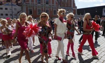 Blondinių paradas Rygoje, 2010