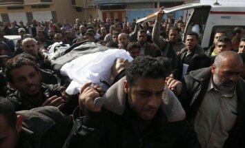 Izraelio smūgiai Gazos Ruože jau nusinešė šešių palestiniečių gyvybes