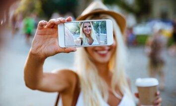 LAIMĖK naująjį Alcatel A5 LED mobilųjį telefoną (laimėtoja)