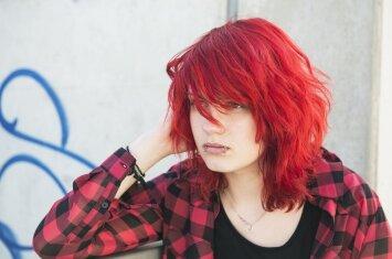 Nelaimingas ir maištaujantis paauglys namuose: patarimai tėvams
