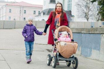 Daugiavaikės mamos patarimai vaikelio susilaukusiai jaunai šeimai