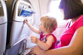 6 patarimai, jei ruošiatės skristi lėktuvu su kūdikiu