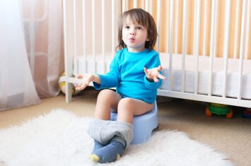 Vaikas nesisėda ant puoduko: psichologės patarimai tėvams