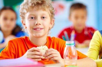 Tyrimą apie vaikų mitybą pristatęs dr. V. Urbonas: kuo užkandis paprastesnis, tuo jis sveikesnis