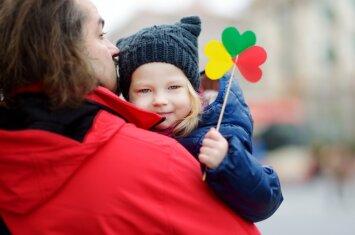 Žiemos kalendoriuje – svarbios Lietuvai datos: kaip apie jas kalbėti su vaikais?