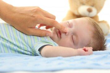 Psichologė: kad kūdikis ramiai miegotų naktį, svarbu žinoti