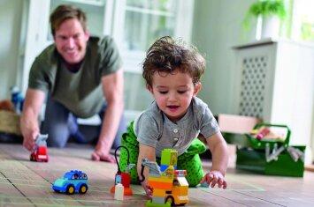 Svarbūs mažylių pasiekimų etapai, kurie tėvams dažnai praslysta pro akis