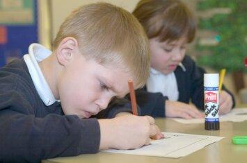 Ar padėti vaikams ruošti namų darbus: pasiruoškite atsakymui, kurio nesitikėjote
