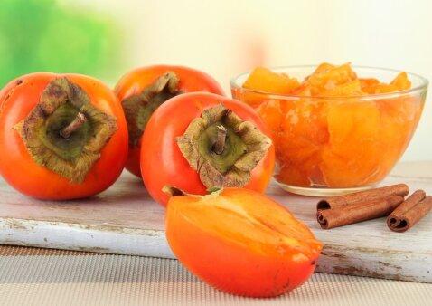 Mėgstantiems persimonus: 3 gardūs receptai