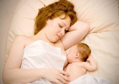 Psichologė: mitas, kad po gimdymo visos moterys trykšta džiaugsmu