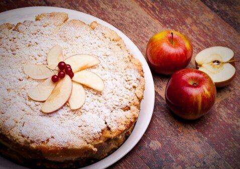 Varškės ir obuolių apkepas, kuris visada pavyksta ir sulaukia pagyrų