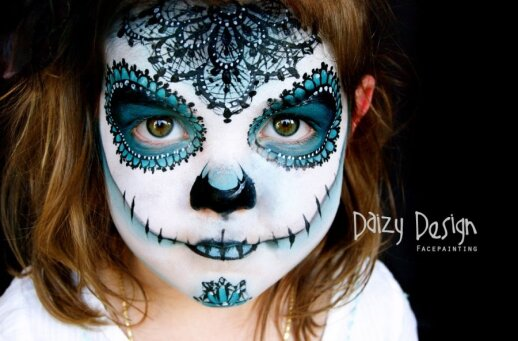 """<span style=""""color: #ff0000;"""">Įspūdinga:</span> 3 savo vaikus veido tapytoja paverčia įvairiausiais personažais <span style=""""color: #ff0000;""""><sup>FOTO</sup></span>"""