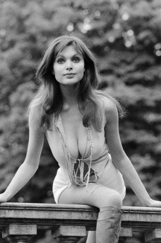 1970 - ųjų mergina