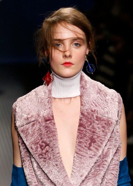 Nauja papuošalų nešiojimo tendencija: ką svarbiausia žinoti ir kaip nesuklysti