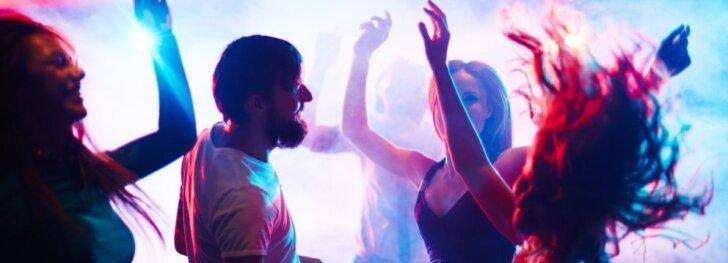 """Ką veikti šį savaitgalį? <sub><span style=""""color: #c00000;"""">Kur geriausi vakarėliai?</span></sub>"""