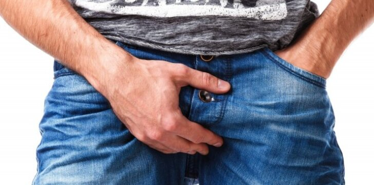 """Šokiruojantis vaizdelis: vyras su <span style=""""color: #c00000;"""">48 cm ilgio peniu</span> atsisako sumažinimo operacijos"""