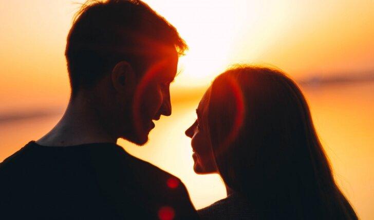 Auksinės pirmojo pasimatymo taisyklės, jog po pirmojo sektų ir antras