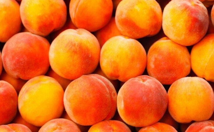 Kodėl verta žiemai užsišaldyti persikų?