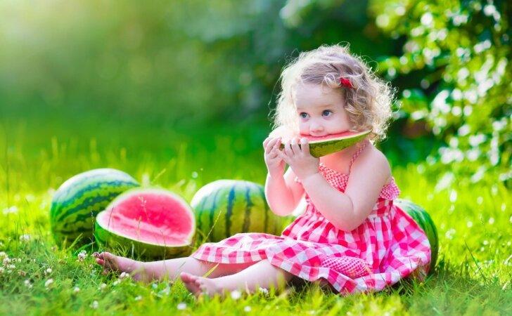 Ką visi tėvai privalo žinoti apie vaikų mitybą