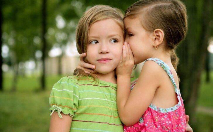 """Vaiką užklupo """"ožiukai"""": jums padės šie psichologės patarimai"""