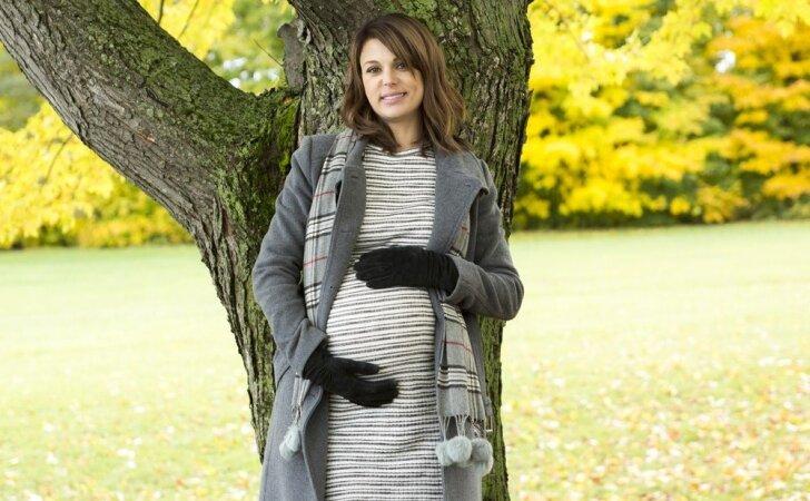 23 nėštumo savaitė: mažylis moka čiulpti nykštį