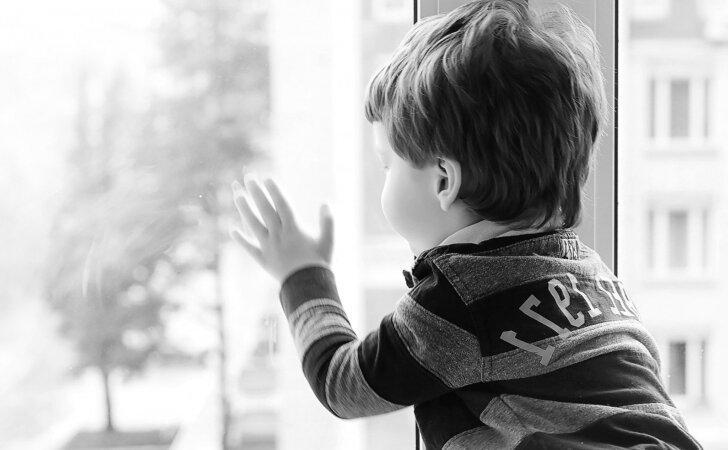 Kodėl tėvai Lietuvoje taiko fizines bausmes vaikams: specialistų įžvalgos