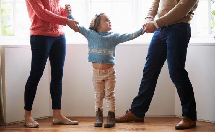 Skyrybos: kaip apie tai pranešti skirtingo amžiaus vaikams