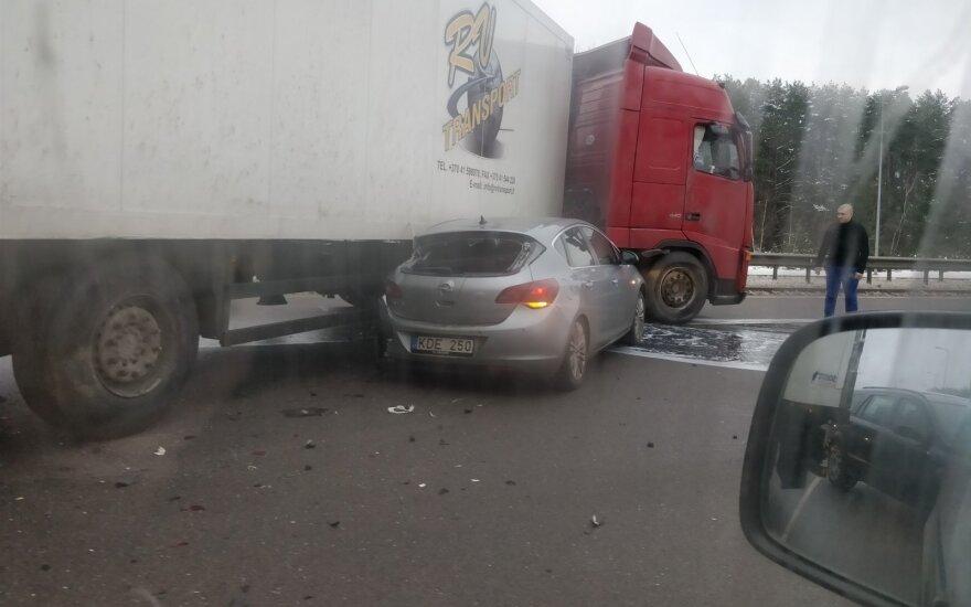На Западной объездной дороге в Вильнюсе произошло ДТП