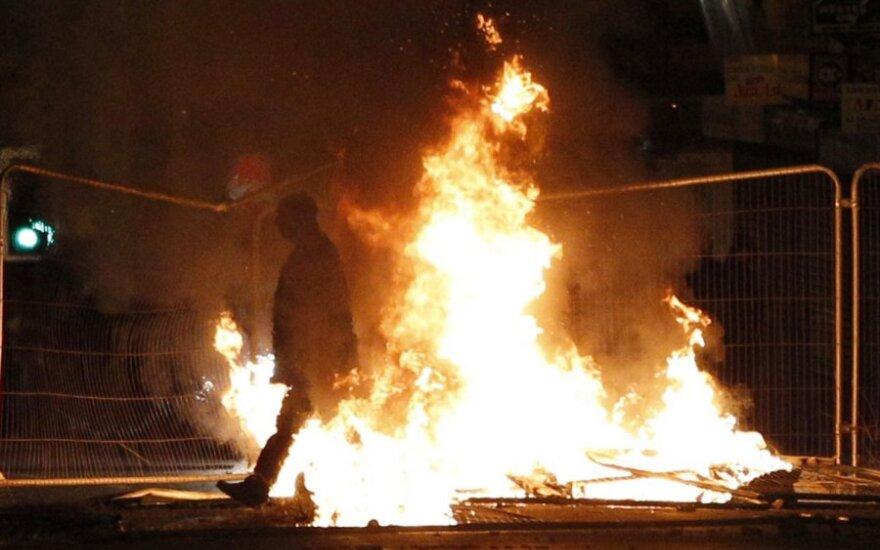В Британии арестованы свыше 2700 участников беспорядков