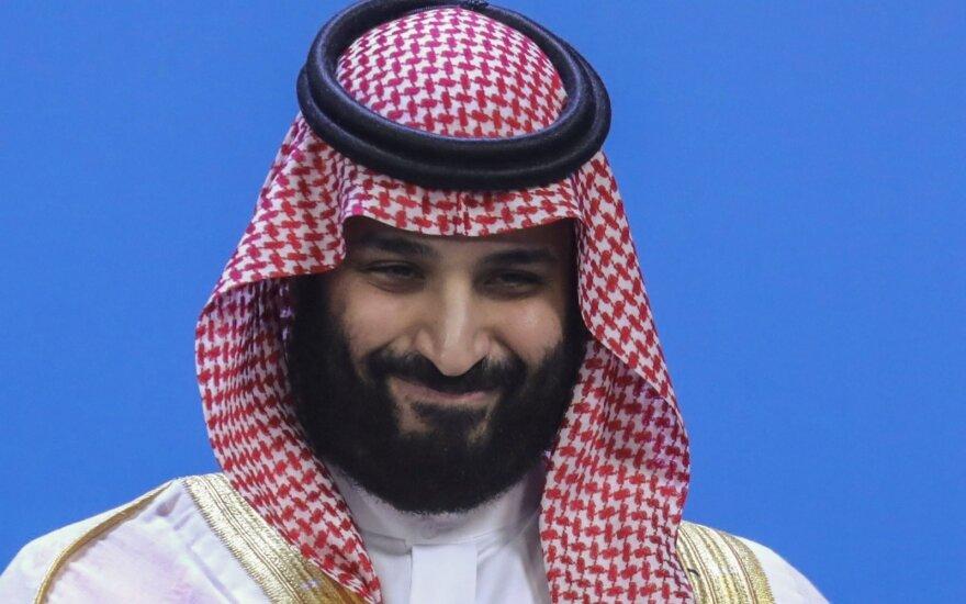 Putino ir Saudo Arabbijos kronprinco pasisveikinimas sukėlė audrą internete