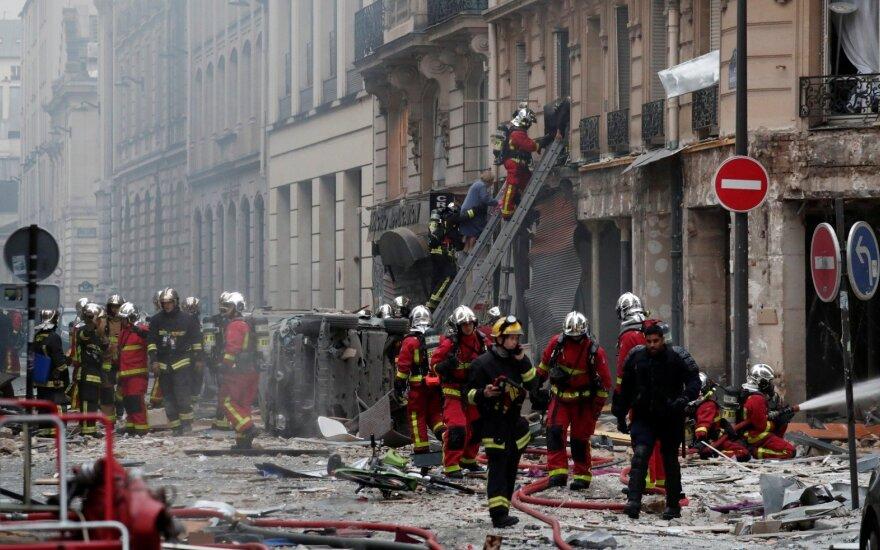В результате взрыва в центре Парижа есть погибшие