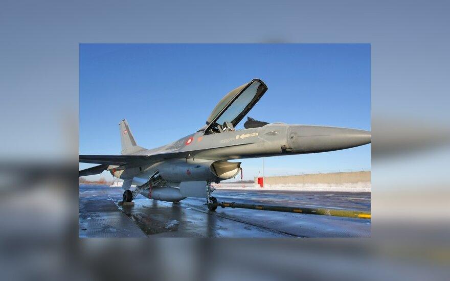 Литовские пилоты не водят сверхзвуковые истребители