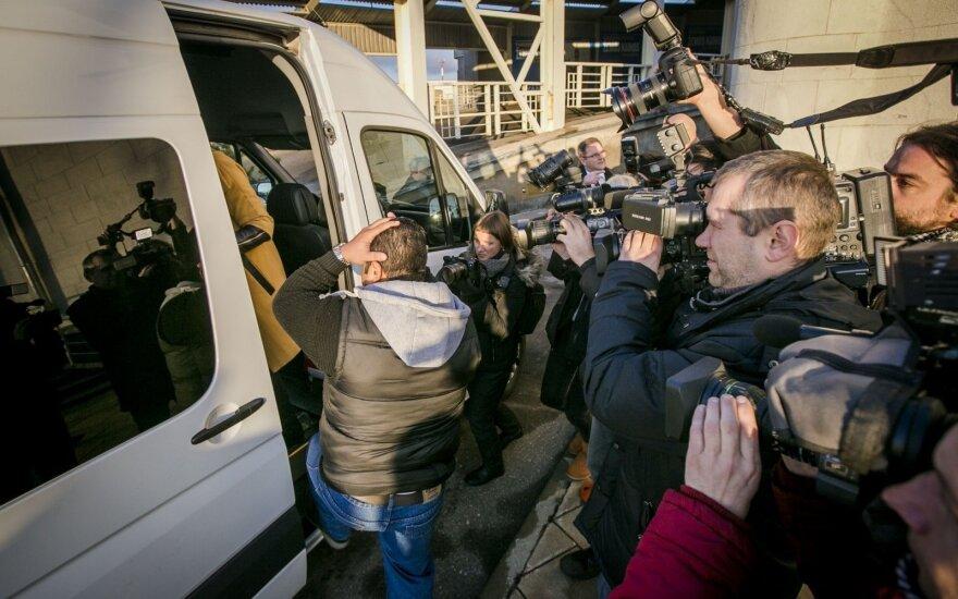 План сбежавших на автобусах из Литвы беженцев не выгорел