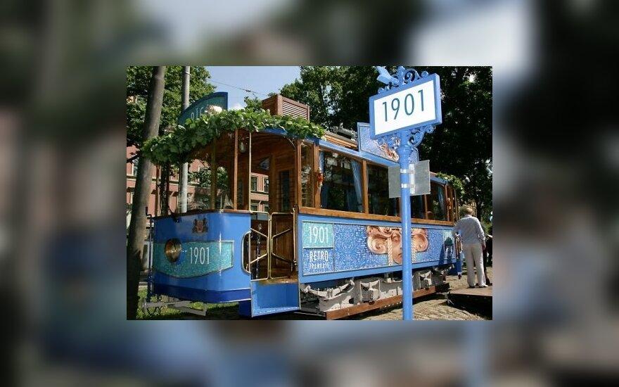Летом по Риге будет курсировать ретро-трамвай