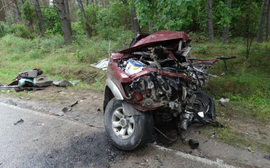 Авария в Варене: лоб в лоб столкнулись джип и грузовик