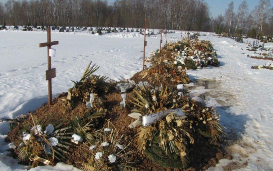 Dania: Ateiści domagają się grobów bez krzyży