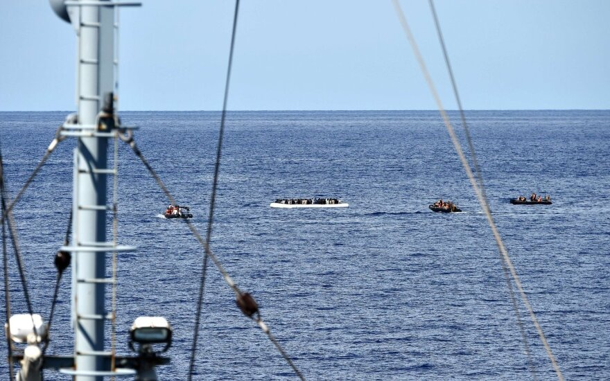 Вайткус о похищенных моряках: новостей нет, но экипаж в безопасности