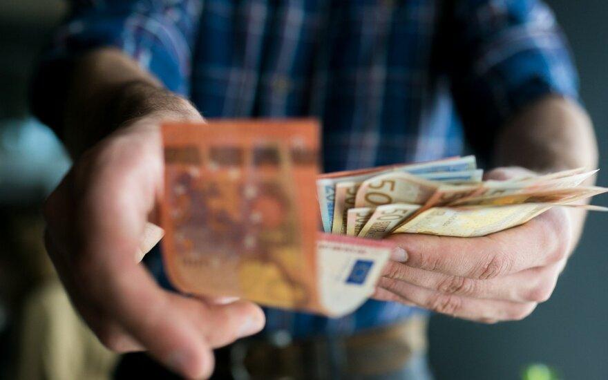Печальная статистика: каждый второй житель Литвы сверхурочно работает бесплатно