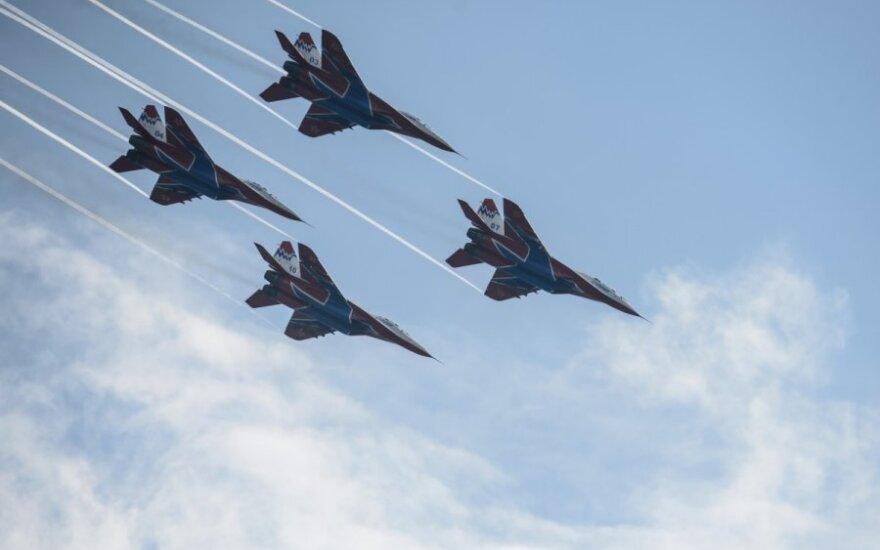 """Rusijos naikintuvai """"MiG 31"""""""