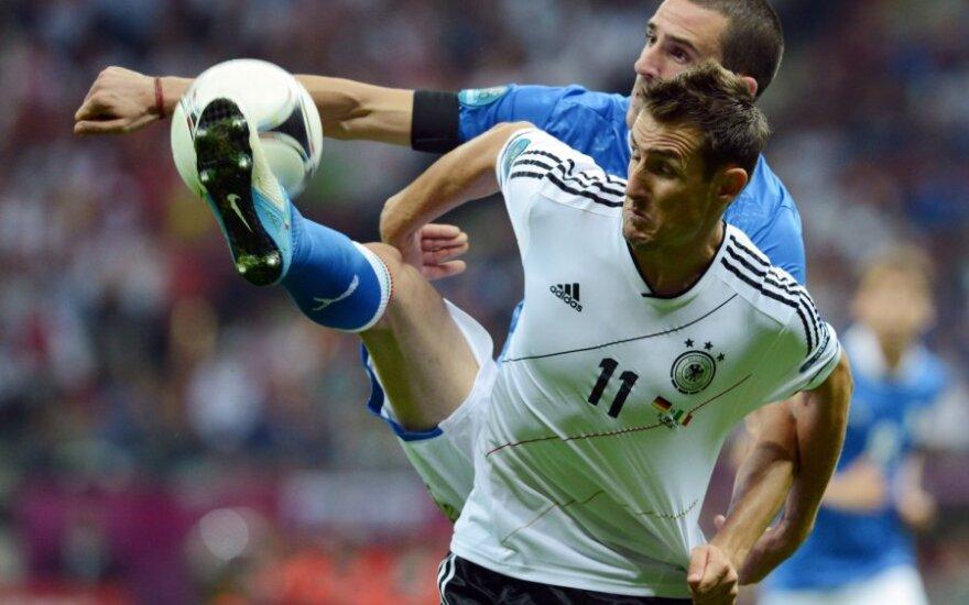 Giorgio Chiellini ir Miroslavas Klose