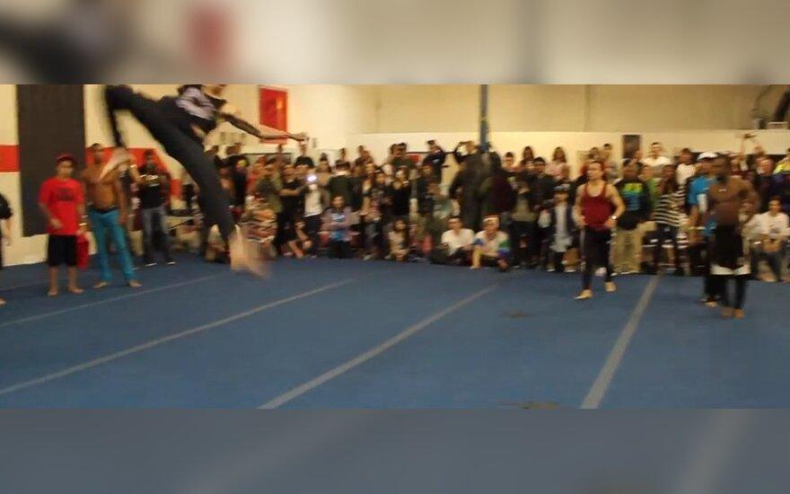 Bitwa gimnastów
