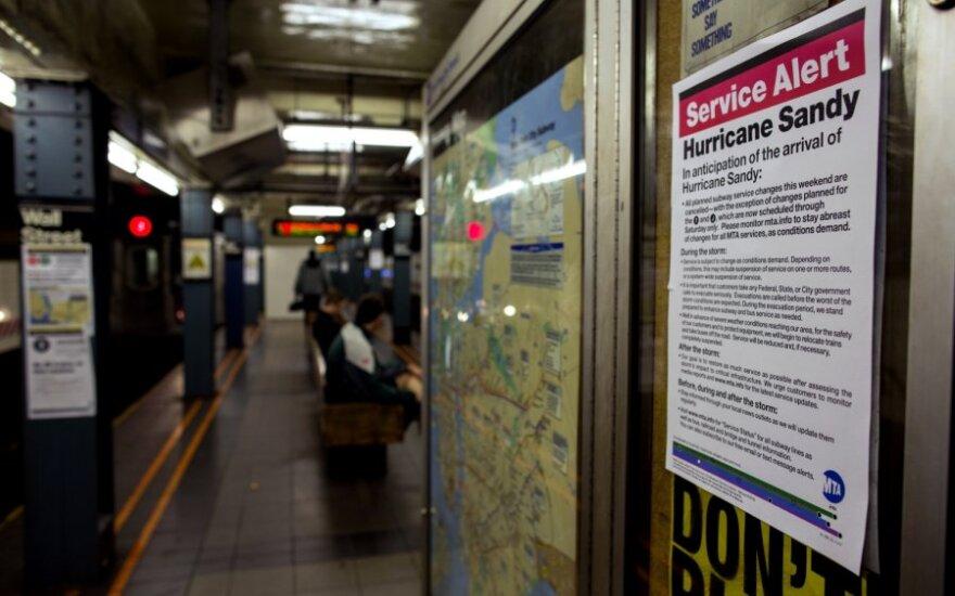 """Общественный транспорт в Нью-Йорке остановят из-за урагана """"Сэнди"""""""