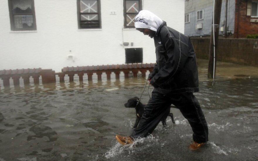 Uraganas užtvindė Kvinso rajoną Niujorke