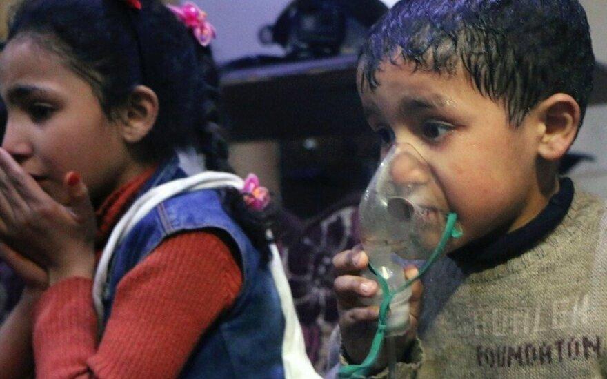 """Продюсер """"Би-би-си"""" назвал постановочным видео после химической атаки в Сирии"""