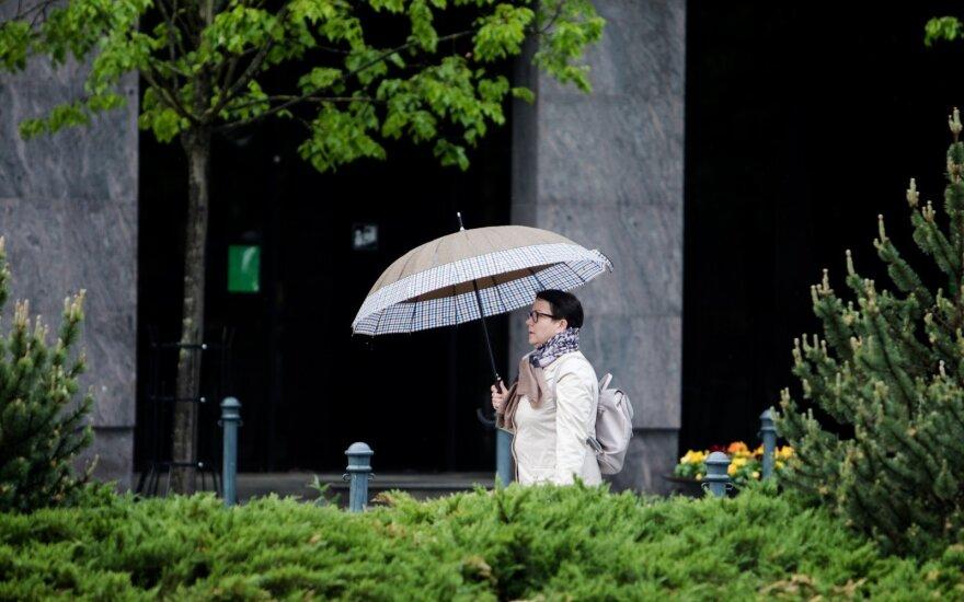 Летнее тепло местами приглушат дожди