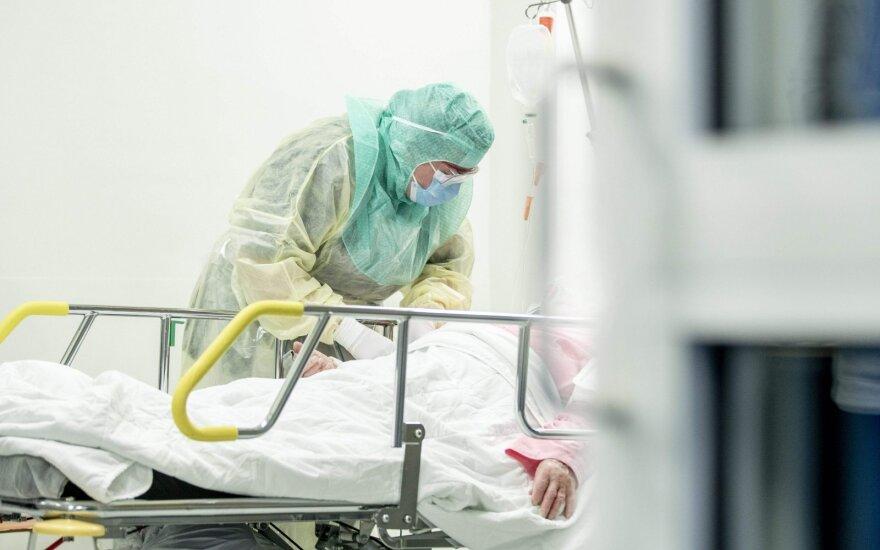 Число умерших от коронавируса в мире превысило 125 000 человек