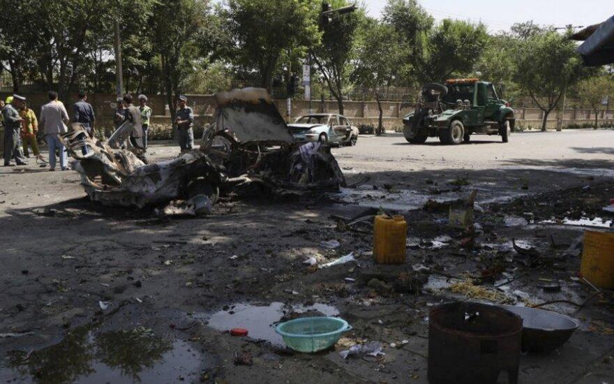 Sprogimo prie Kabulo universiteto aukų padaugėjo iki šešių, beveik 30 sužeista