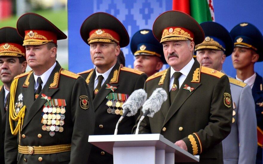 В ВОЗ прокомментировали решение о проведении парада в Беларуси