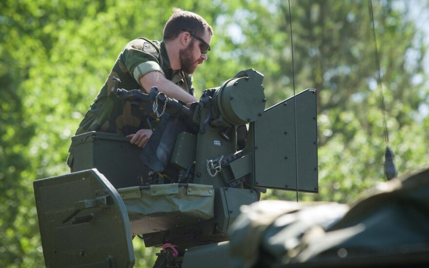 НАТО начинает размещение новой международной группировки в Европе