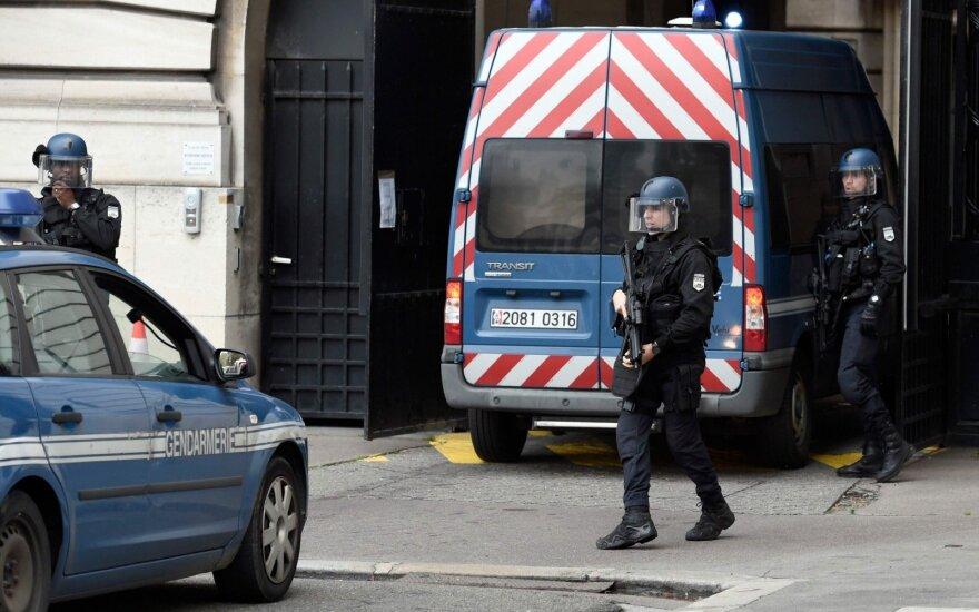 В пригороде Парижа задержали группу чеченцев-рэкетиров